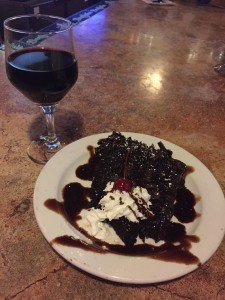 Double Chocolate Cake y vino tinto